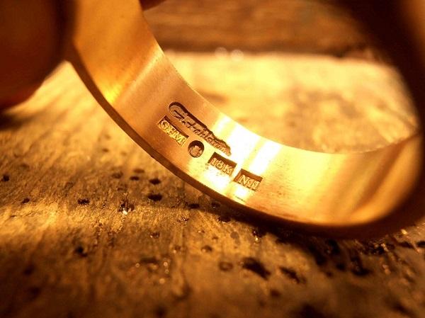 pengertian kadar dan karat perhiasan emas
